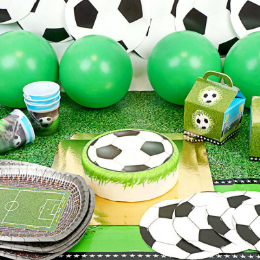 Kit de décoration Football - gâteau inclus