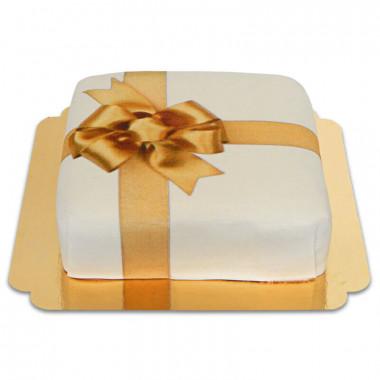 Gâteau-boîte à cadeaux blanc