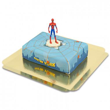 Figurine Spiderman sur Gâteau avec toile d'araignée au-dessus de New York