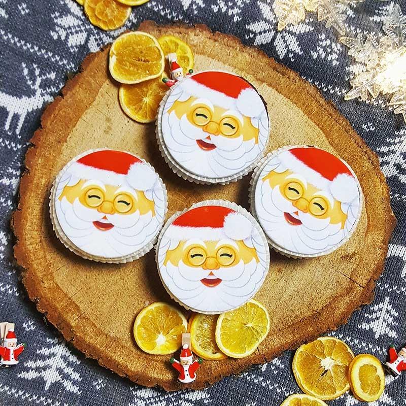 Babeczki ze Świętym Mikołajem