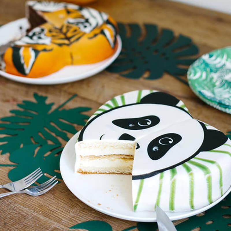 Panda-tårta uppskuren