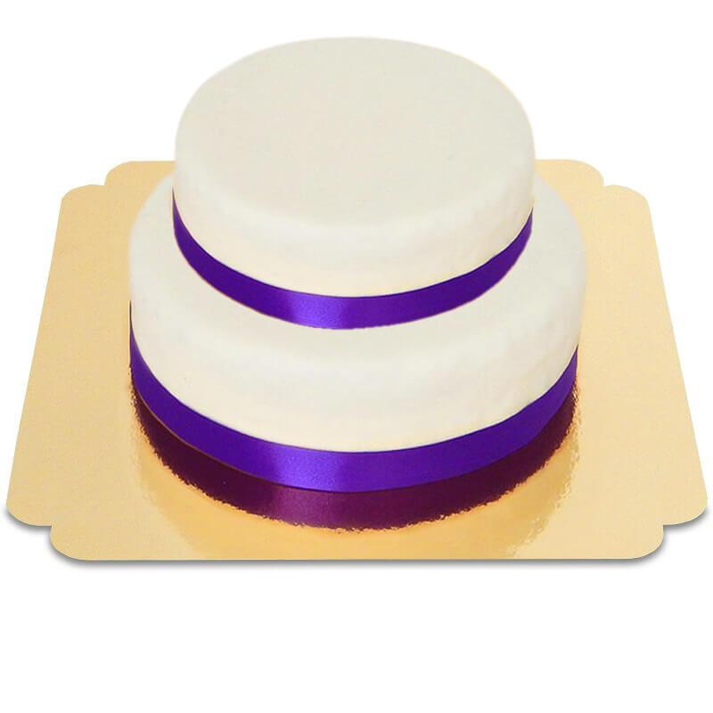 Dwupiętrowy biały tort ze wstążeczką